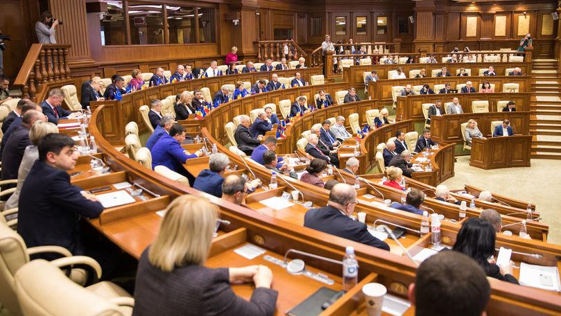 Cine sunt deputații care au refuzat un proiect privind votul diasporei