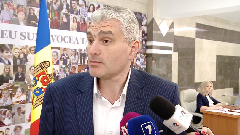 Alexandru Slusari: Procurorul general ori minte, ori nu a citit raportul Kroll