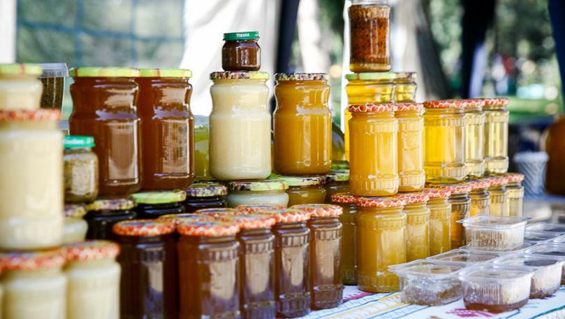 Apicultorii își vor comercializa mierea de albini în centrul Capitalei