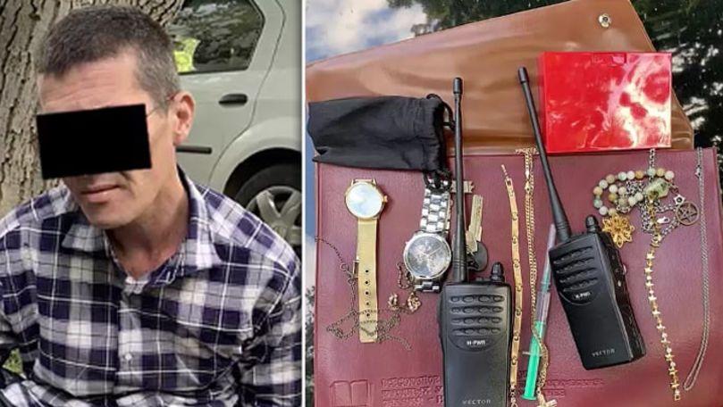Bărbați, reținuți pe urme fierbinți: Au furat bijuterii, bani și tehnică