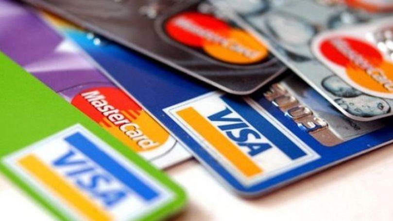 Premiera anunțată la 25 de ani de la apariția cardului bancar în Moldova