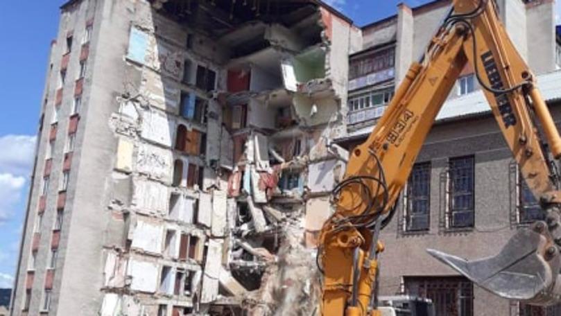 Otaci: La ce etapă sunt lucrările de demolare a blocului prăbușit