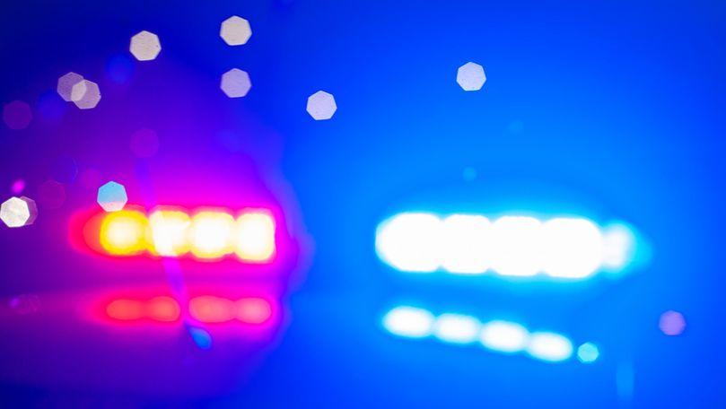 Doi dealeri au dat foc apartamentului unui ofițer SIS: Ce spune Poliția