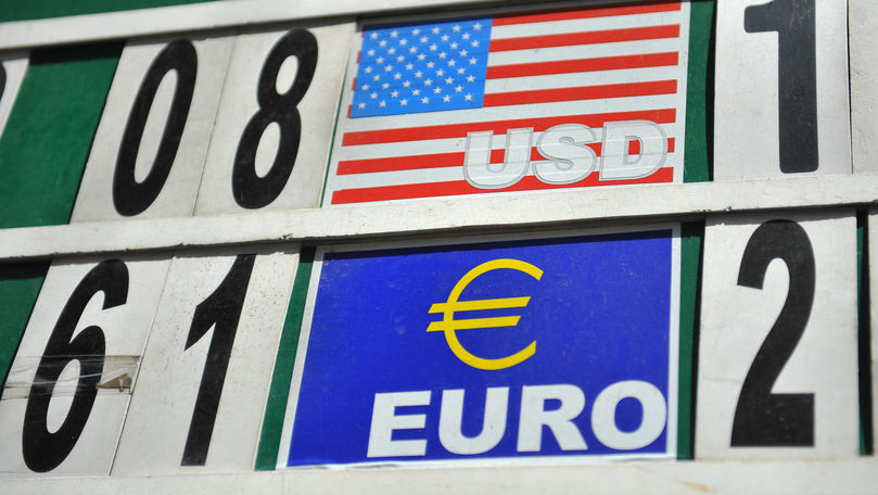 Curs valutar 15 iulie 2021: Cât valorează un euro și un dolar