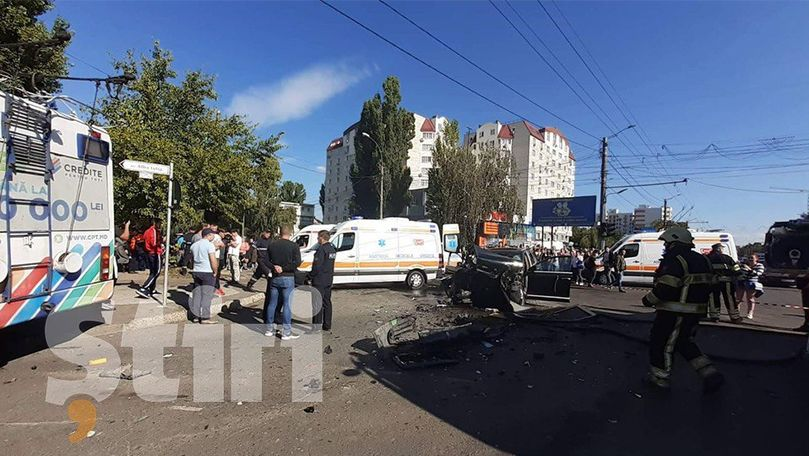Victimele accidentului din Chișinău, aduse la spital. Primele imagini