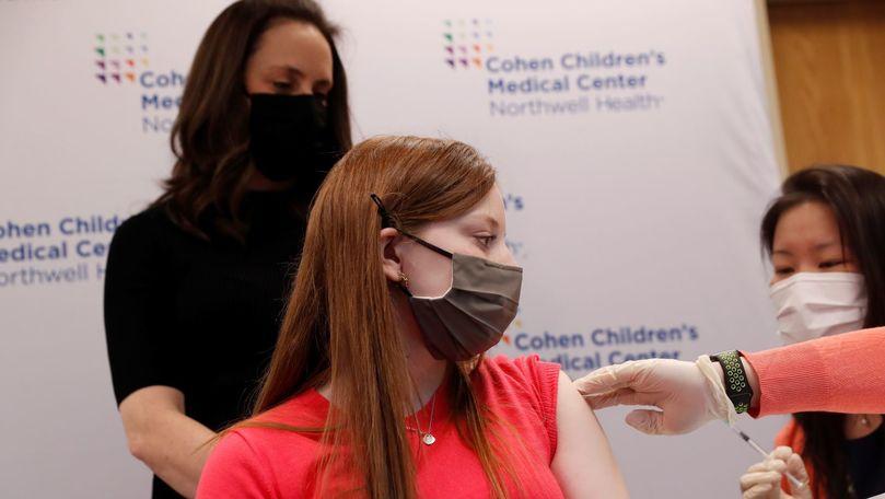 COVID: Novavax începe testarea vaccinului în rândul adolescenţilor