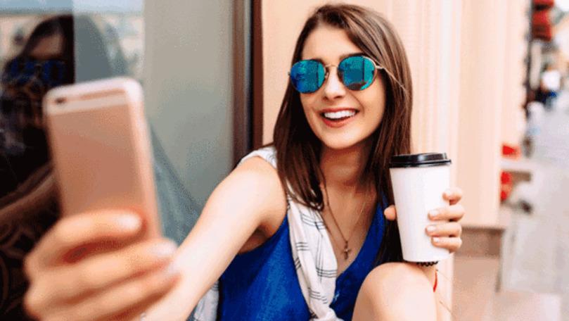 Psiholog: 4 reguli de etichetă atunci când faci un selfie