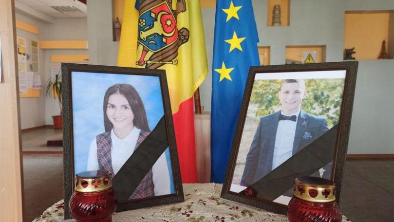 Accidentul de la Nisporeni: Cei doi tineri, conduși pe ultimul drum