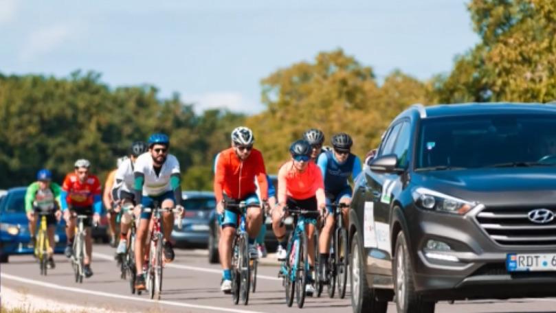 HospiceBikeTour: 30 de cicliști au străbătut timp de 4 zile sudul țării