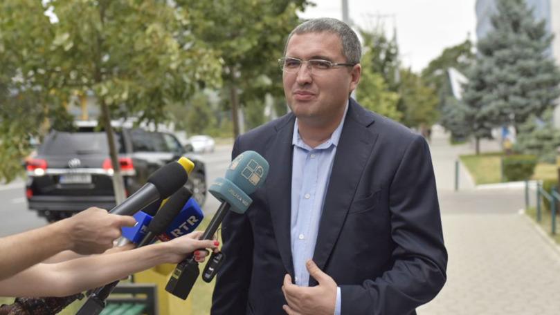 Renato Usatîi râde de dezmințirile făcute de staff-ul lui Igor Dodon