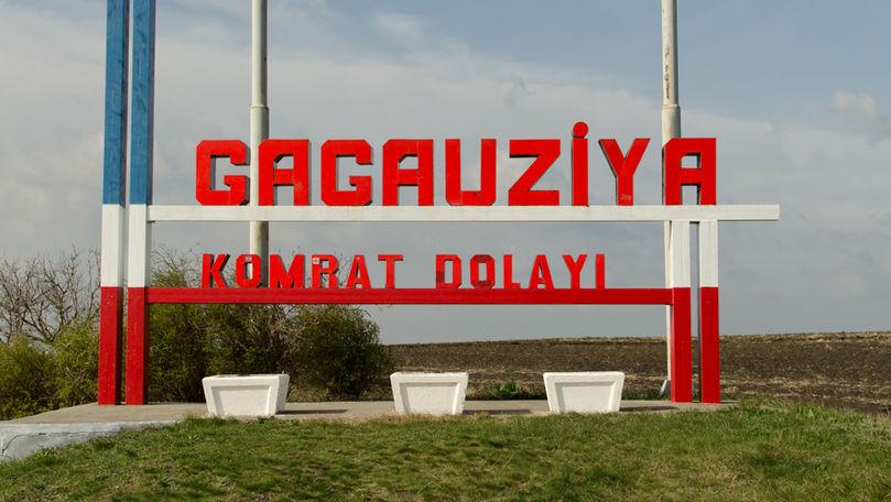 Câțiva cetățeni pichetează a doua zi în Adunarea Populară a Găgăuziei