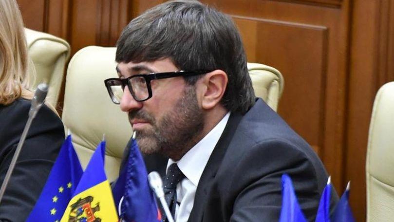 Frauda bancară: Percheziții în casa ex-deputatului Vladimir Andronachi