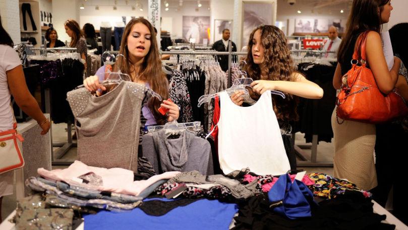 Valoarea hainelor nevândute a ajuns la cifra record de 160 miliarde euro