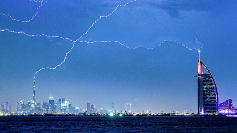 Emiratele Arabe Unite au comandat ploaie pentru a domoli căldurile