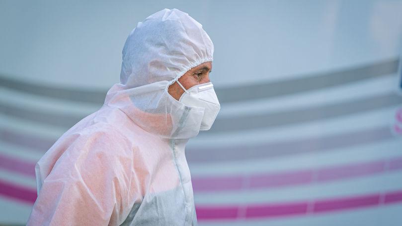 Încă 14 lucrători medicali, diagnosticați cu COVID în 24 de ore