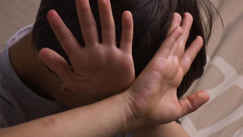 Elev din Ungheni, bătut și violat de 4 colegi de școală