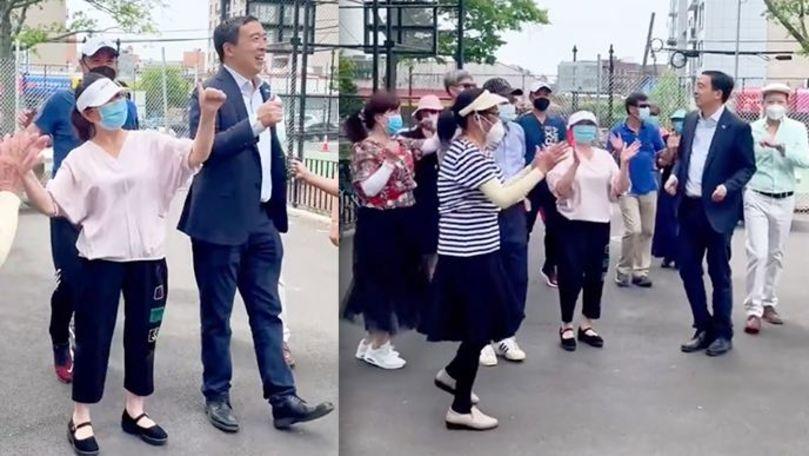 Un candidat la Primăria New York, filmat cum dansează pe manele