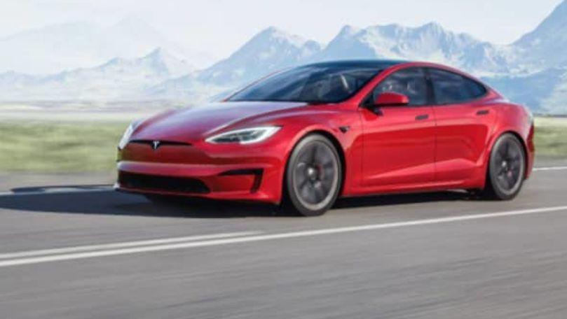Elon Musk lansează cea mai rapidă maşină Tesla: Prețuri și performanțe