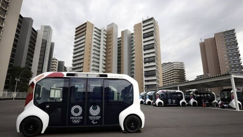 Toyota a suspendat toate vehiculele autonome e-Palette în satul din Tokyo