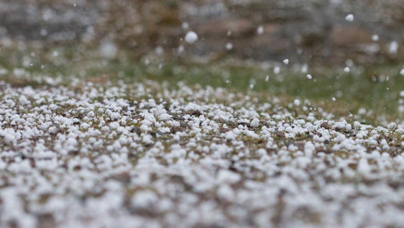 Alertă meteo: Cod Galben de ploi cu fulgere și grindină. Perioada vizată