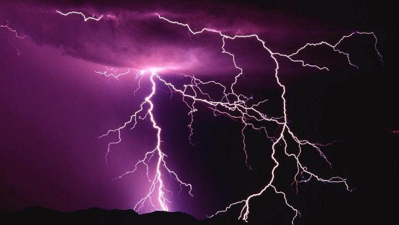 Alertă meteo: Cod Galben de ploi cu fulgere și vijelie. Zona afectată