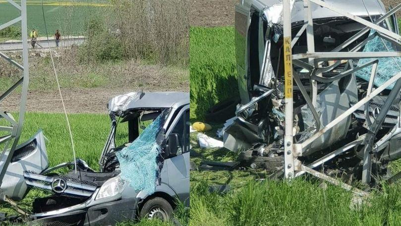 Microbuz din Moldova, implicat într-un accident în Bulgaria: Sunt răniți