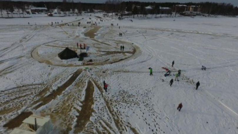 Cel mai mare carusel de gheaţă din lume se construiește în Finlanda