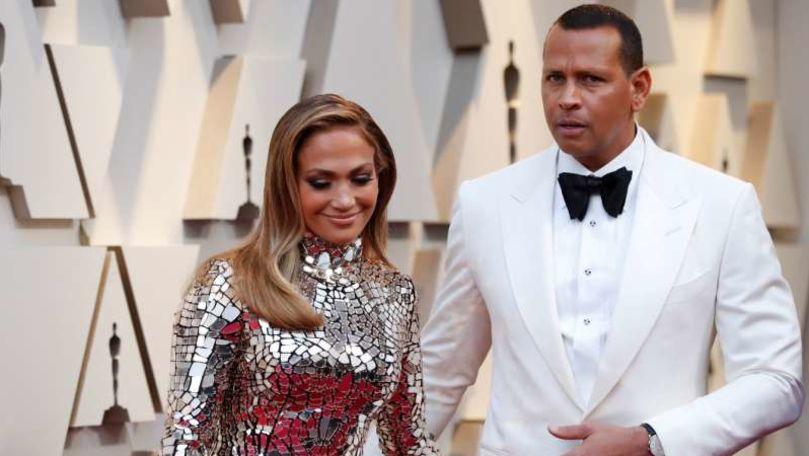 Jennifer Lopez şi Alex Rodriguez au confirmat că s-au despărţit