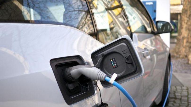 Numărul automobilelor electrice importante în 2020 în Moldova, în scădere