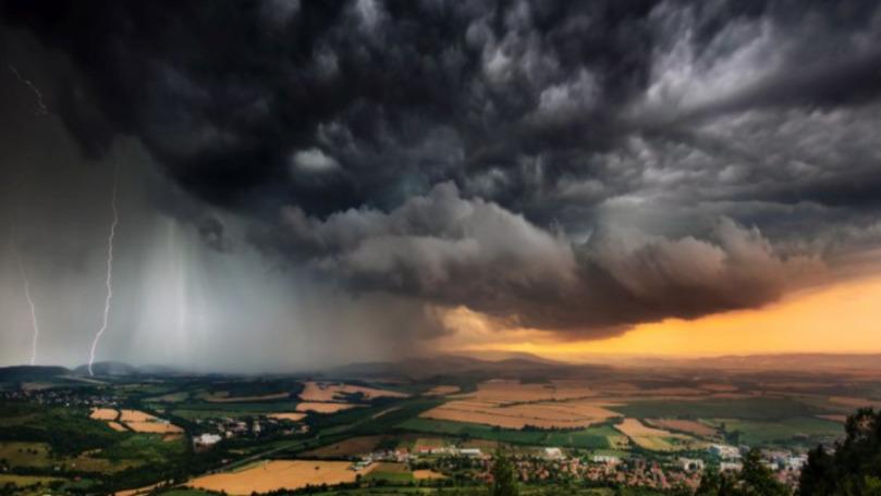 Explicaţiile unui climatolog despre coşmarul climatic care ne amenință