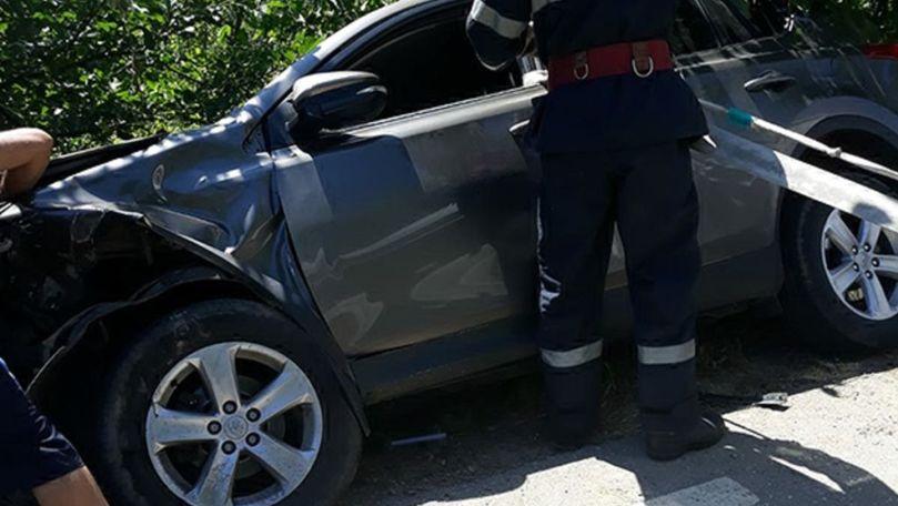 Grav accident în România cu implicarea unei mașini cu moldoveni. Sunt răniți