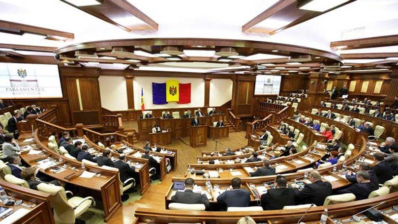 Persoanele vinovate de infracțiuni financiare ar putea să nu poată intra în Moldova