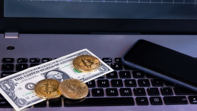 milioane de bitcoini)