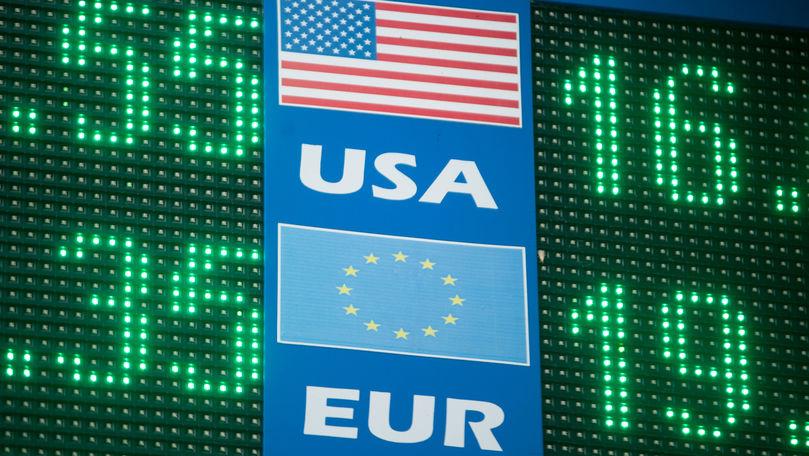 Curs valutar 10 iulie 2021: Cât valorează un euro și un dolar