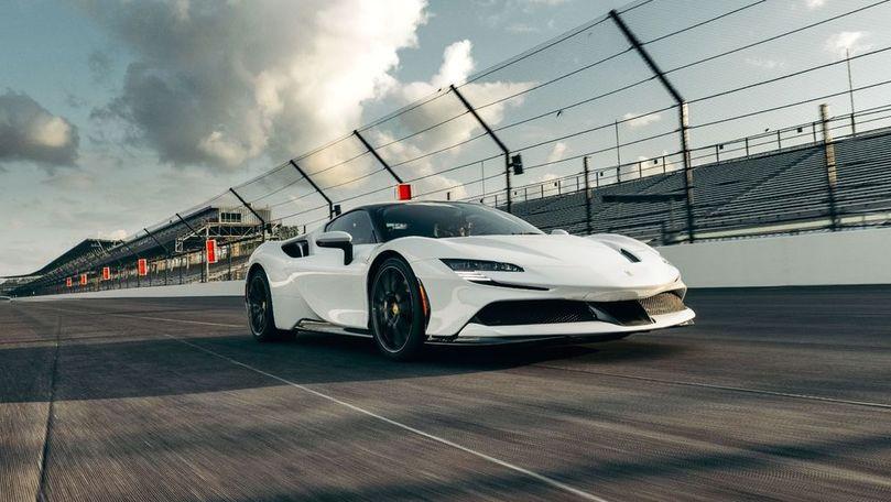 Ferrari SF90 Stradale a stabilit un record pe circuitul Indianapolis