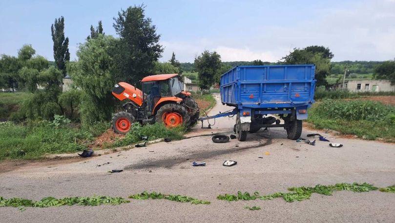 Tânărul izbit cu Yamaha într-un tractor la Nisporeni a murit la spital