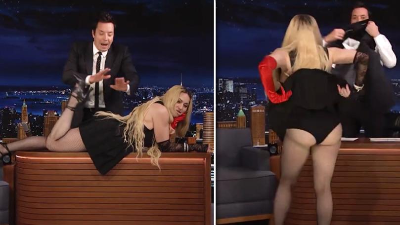 Madonna șochează în emisiunea lui Jimmy Fallon: Gestul vedetei
