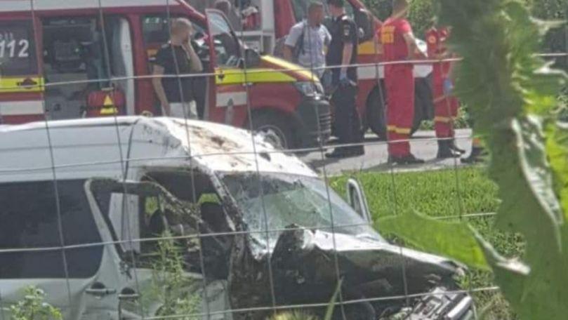 Un microbuz din R. Moldova, implicat într-un accident în România