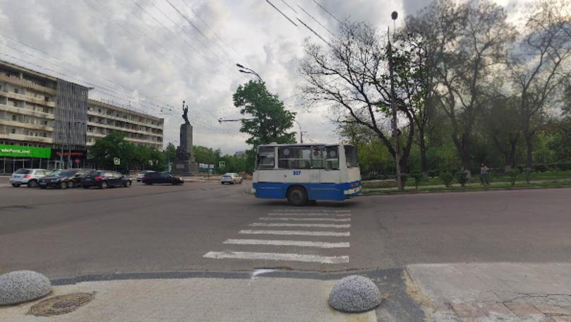 Un vehicul unic în lume, surprins în Chișinău prin Google Street View