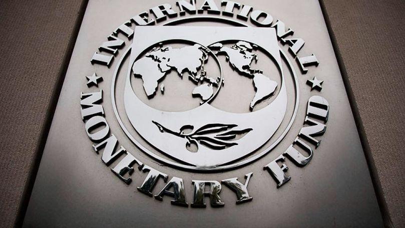 Există un risc mare de inflație: Care este scenariul de bază al FMI