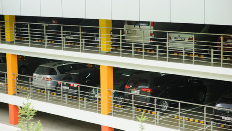 În preajma Pieţei Centrale va fi amenajată o parcare multietajată
