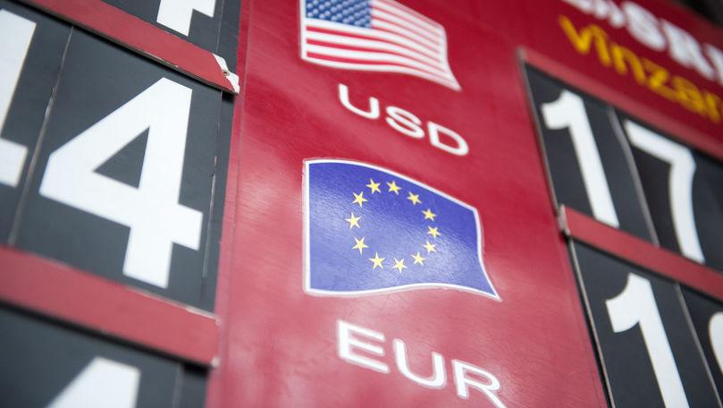 Curs valutar 13 august 2021: Cât valorează un euro și un dolar