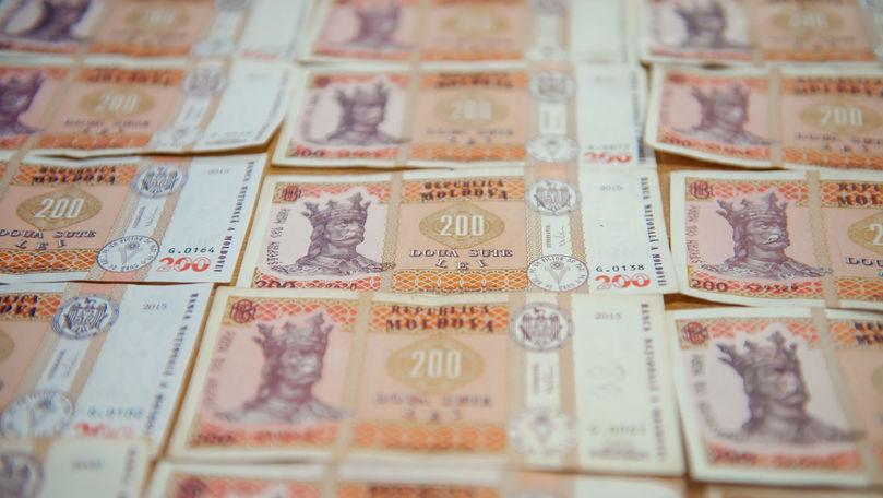 Hotărârea Parlamentului privind frauda bancară trebuie aplicată, deputați