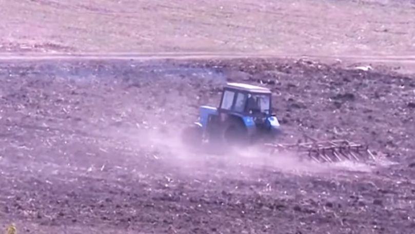 Vremea deosebit de caldă din această iarnă, o amenințare pentru agricultori