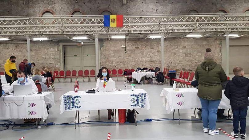 Alegeri 2020: Cine sunt moldovenii care au amenajat secțiile de votare în Irlanda