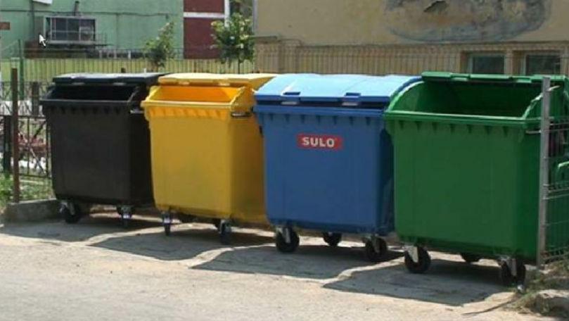 DGLCA: Tuburile pentru colectarea deșeurilor menajere nu au fost încă închise