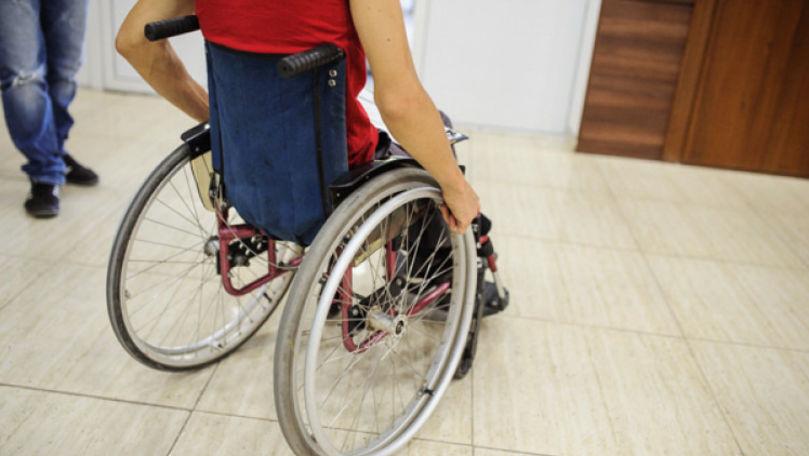 PNUD: Secțiile de votare nu sunt adaptate pentru oamenii cu dizabilități