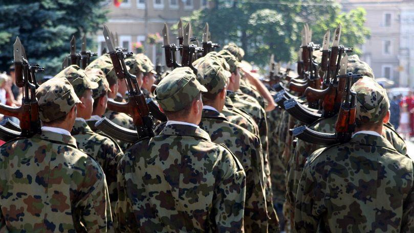 Doi soldați moldoveni ar fi fost bătuți ca să nu fugă din armată