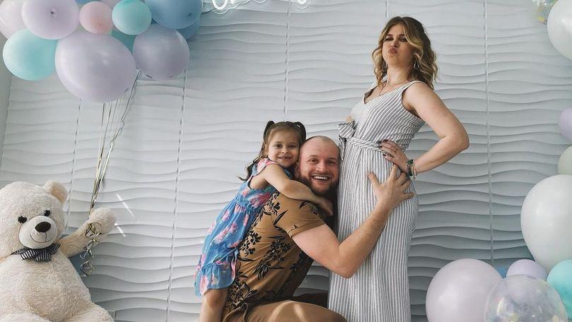 Karizma, însărcinată pentru a doua oară: Interpreta va avea un băiețel