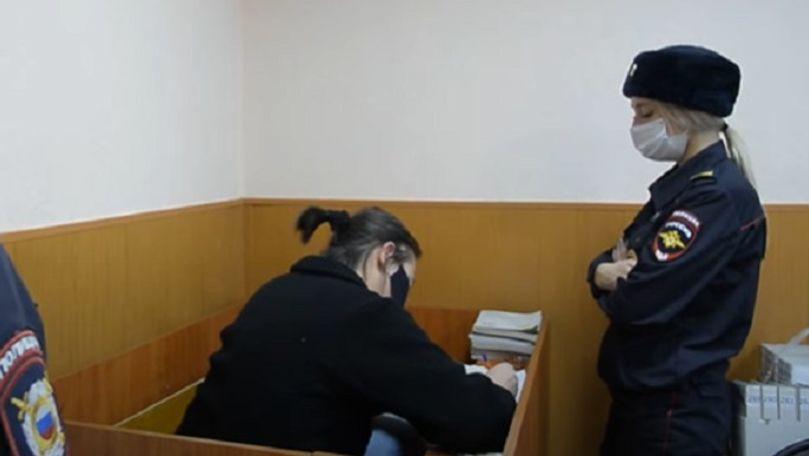 O moldoveancă a lăsat fără bani peste 1.000 de pensionari din Rusia
